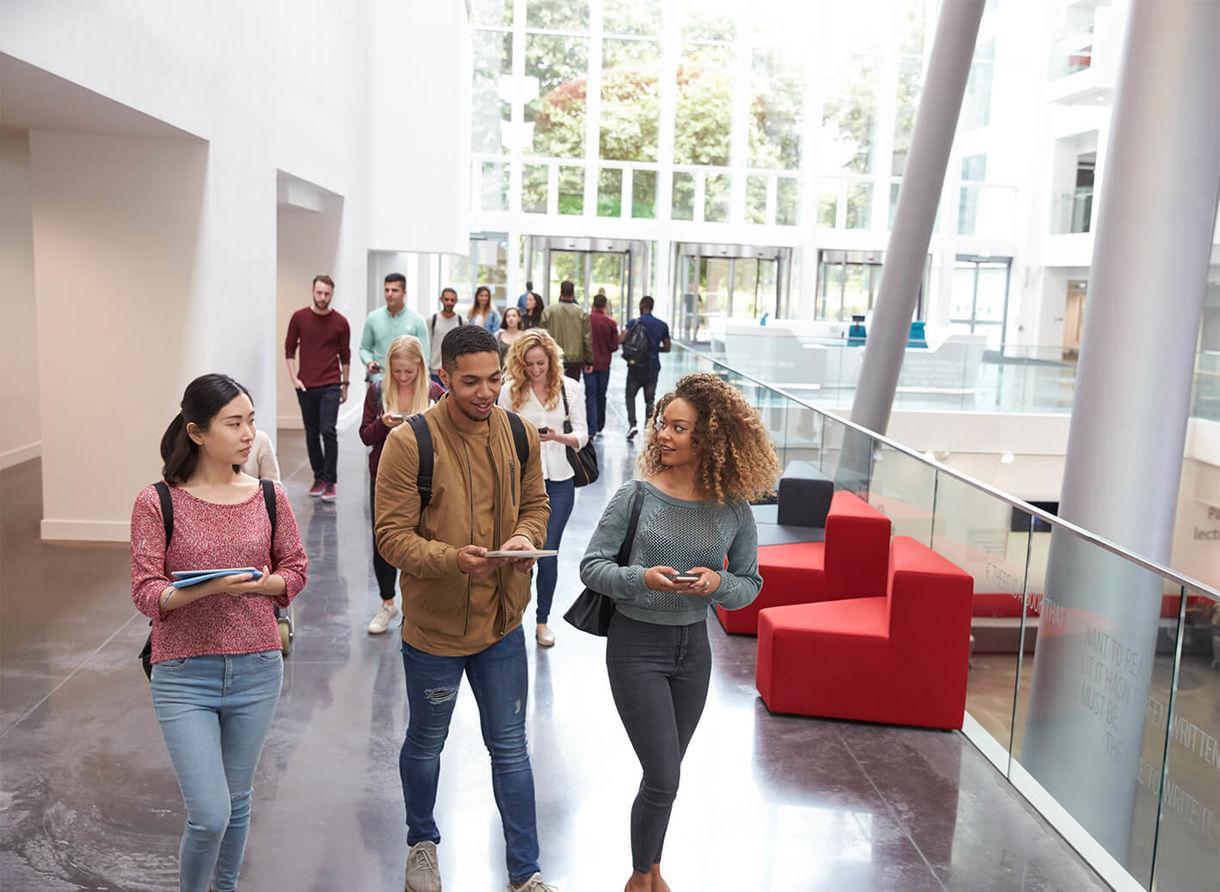 Uni Campus 01